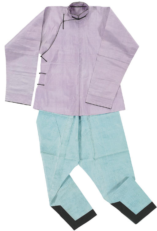 A LAVENDER SILK JACKET, AO AND