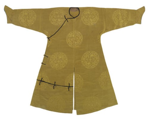 A YELLOW SILK DAMASK MAN'S INF
