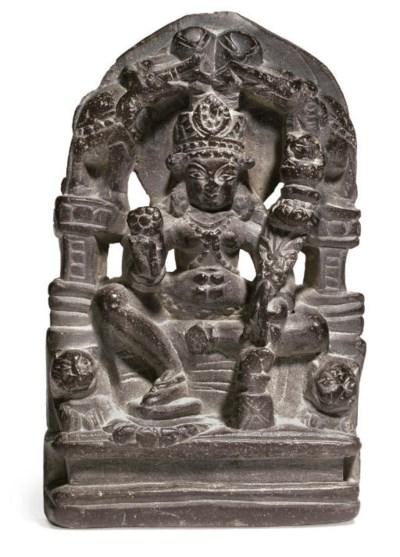 A black stone figure of Gaja L