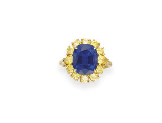 A SAPPHIRE AND COLORED DIAMOND