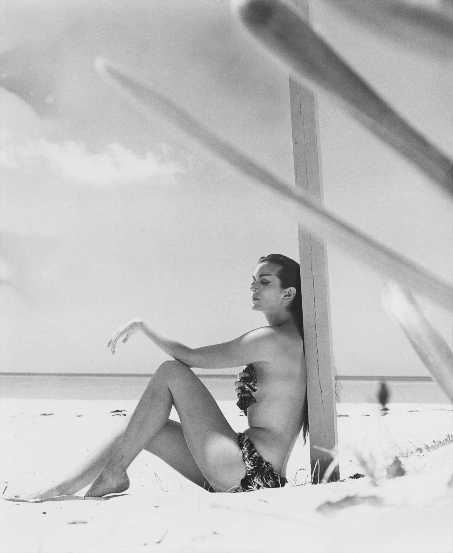 Burn up the Sun (Carmen Dell'Orifice), Bahamas, April 1952