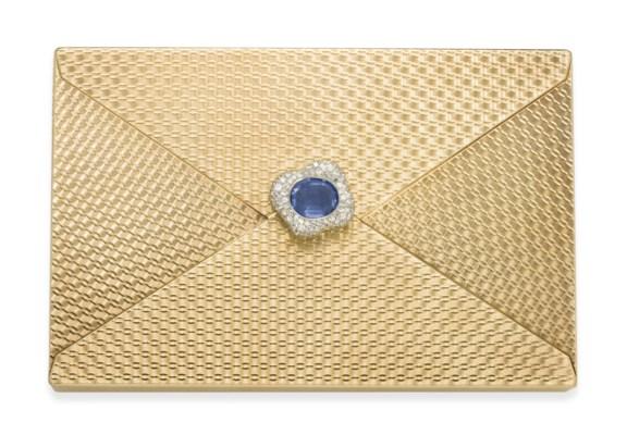 A GOLD, SAPPHIRE AND DIAMOND V