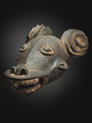 A CAMEROON GRASSFIELDS MASK