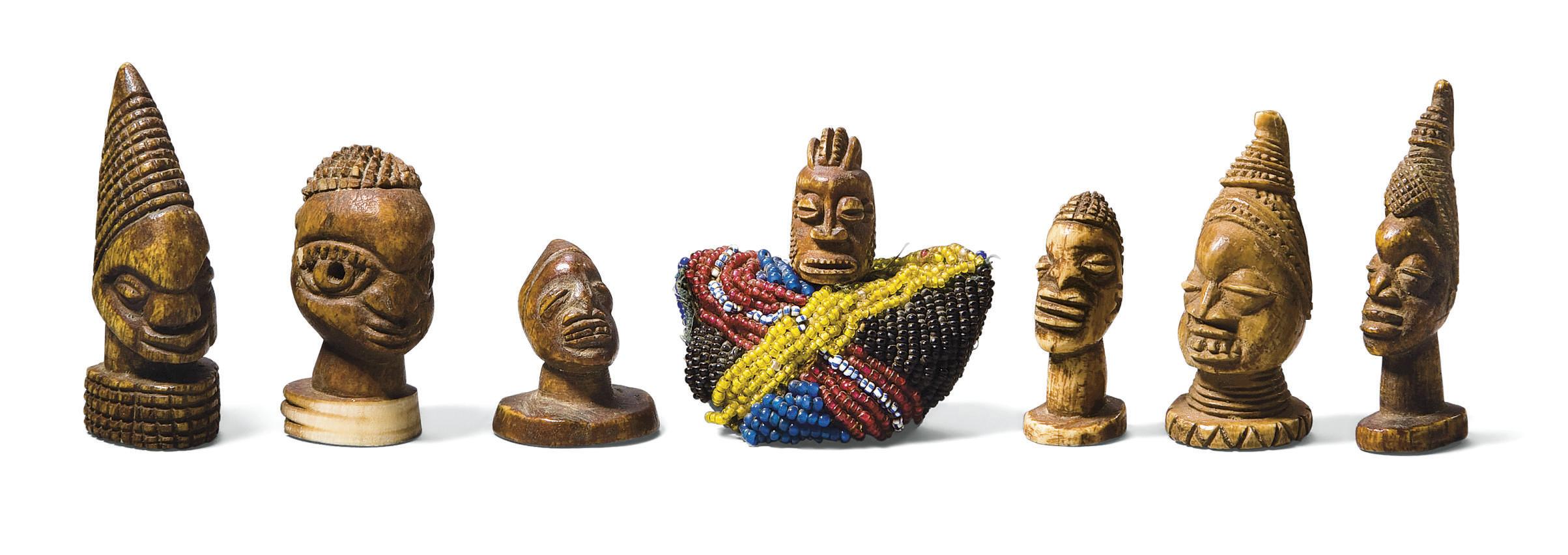 SEPT TETES YOROUBA EN IVOIRE
