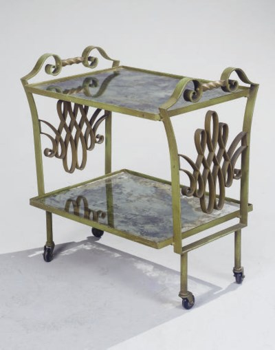 TABLE DESSERTE