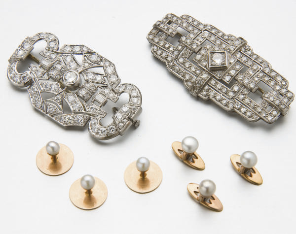 DEUX BROCHES ART DECO DIAMANTS