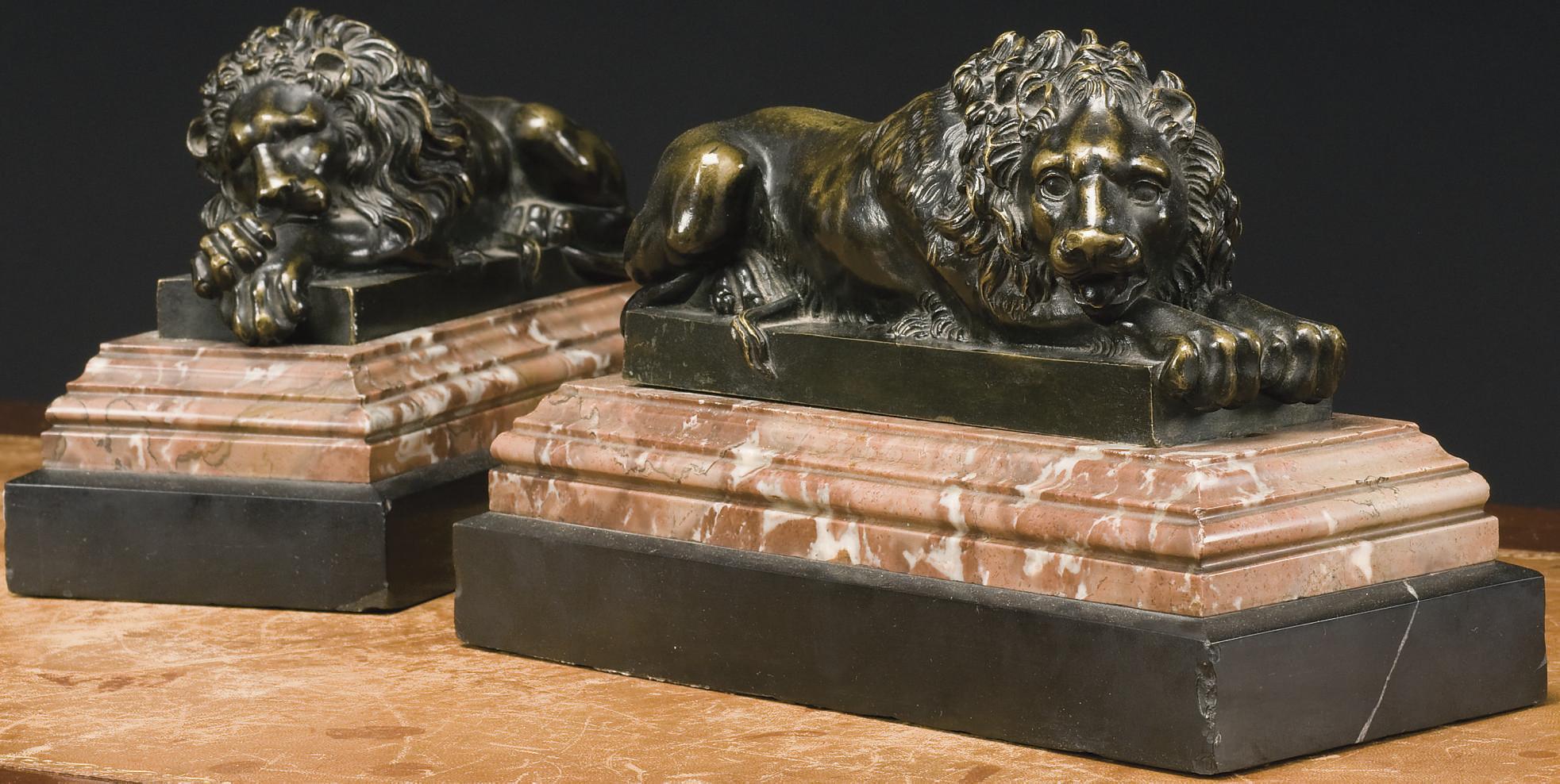 PAIRE DE LIONS DU XIXEME SIECL