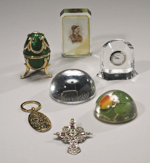LOT D'OBJETS DIVERS