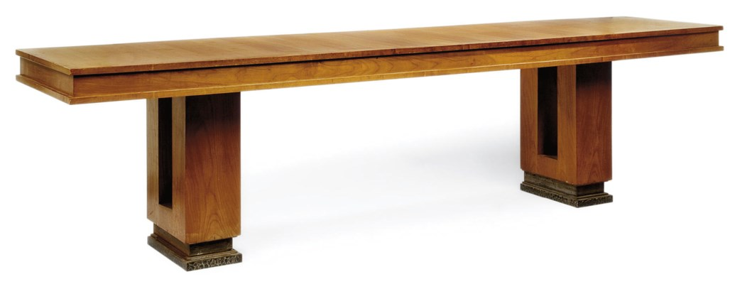 TABLE, VERS 1950