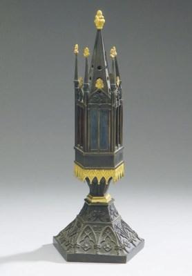LAMPE DE STYLE GOTHIQUE DE LA
