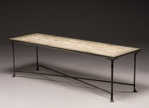 TABLE BASSE DE STYLE NEO-POMPE