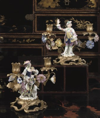 A PAIR OF PORCELAIN-MOUNTED AN