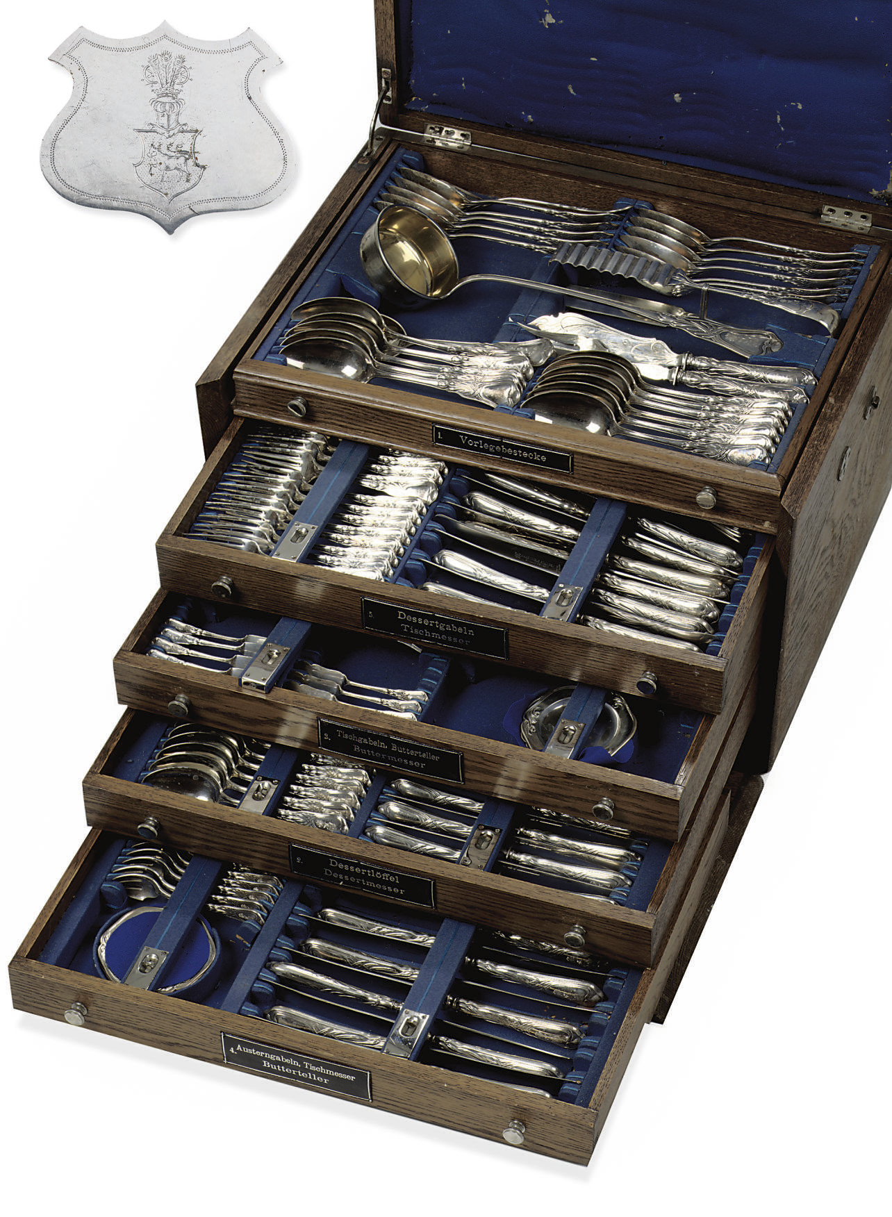 An German flatware service