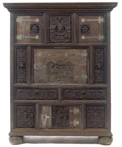 A GERMAN IRON-MOUNTED CARVED O