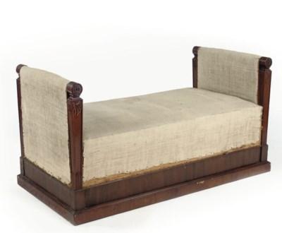A GERMAN MAHOGANY WINDOW SEAT