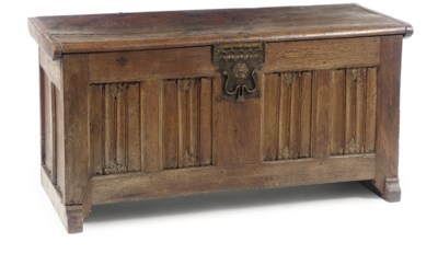 A NORTH EUROPEAN OAK CHEST