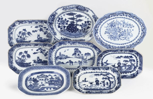 A group of eight Chinese blue