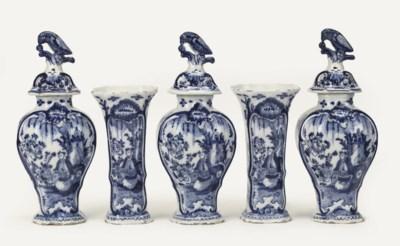 A Dutch Delft blue and white f