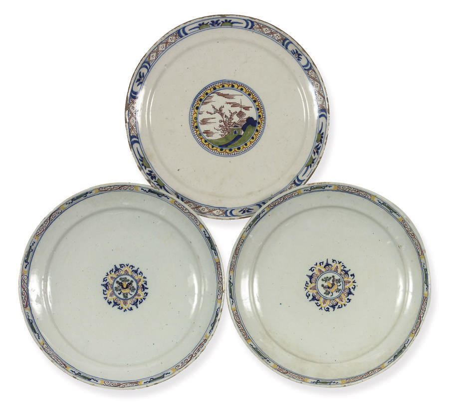A pair and one Dutch Delft pol