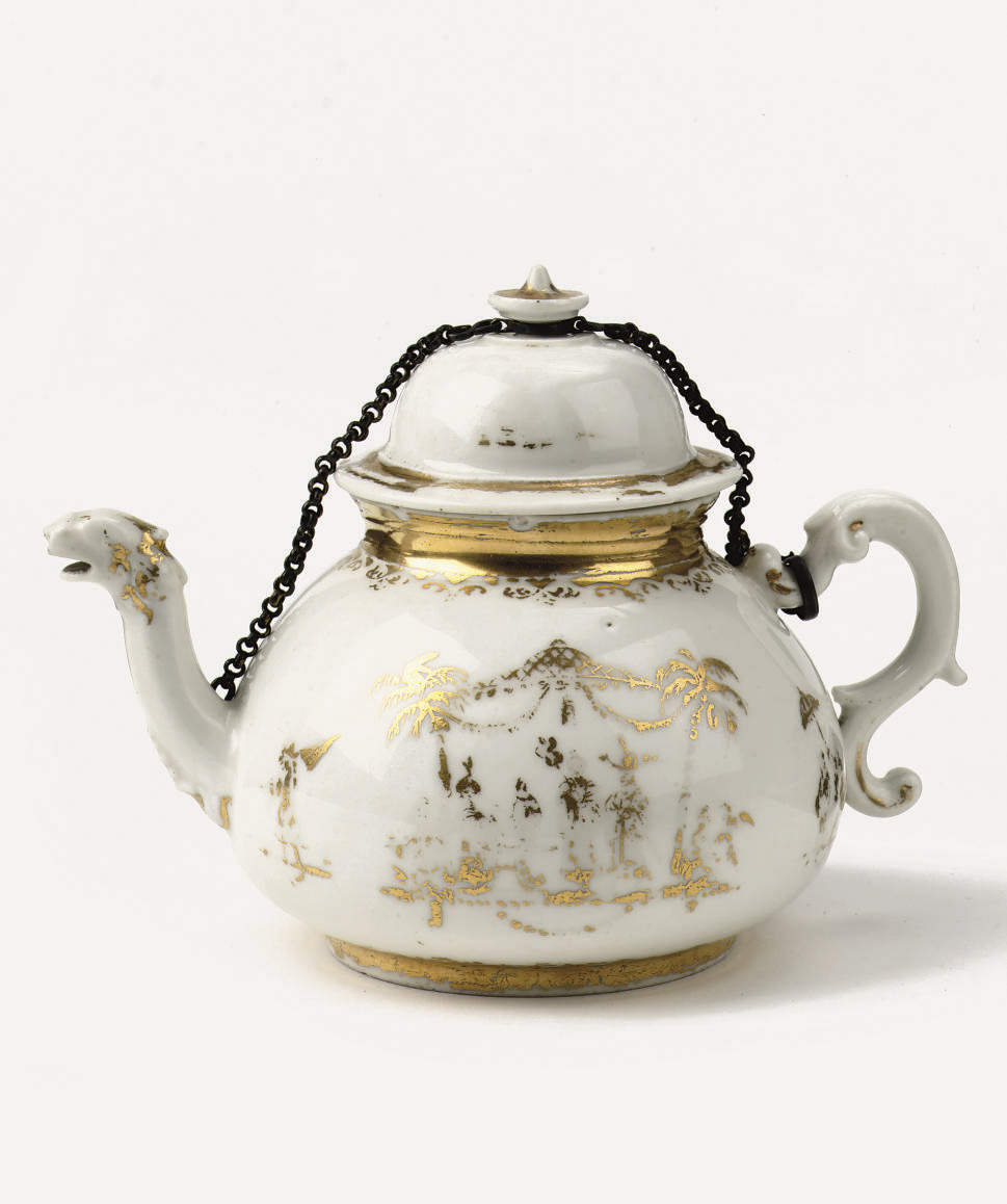 A Meissen Goldchinesen teapot