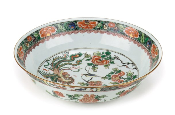 A Chinese famille verte bowl