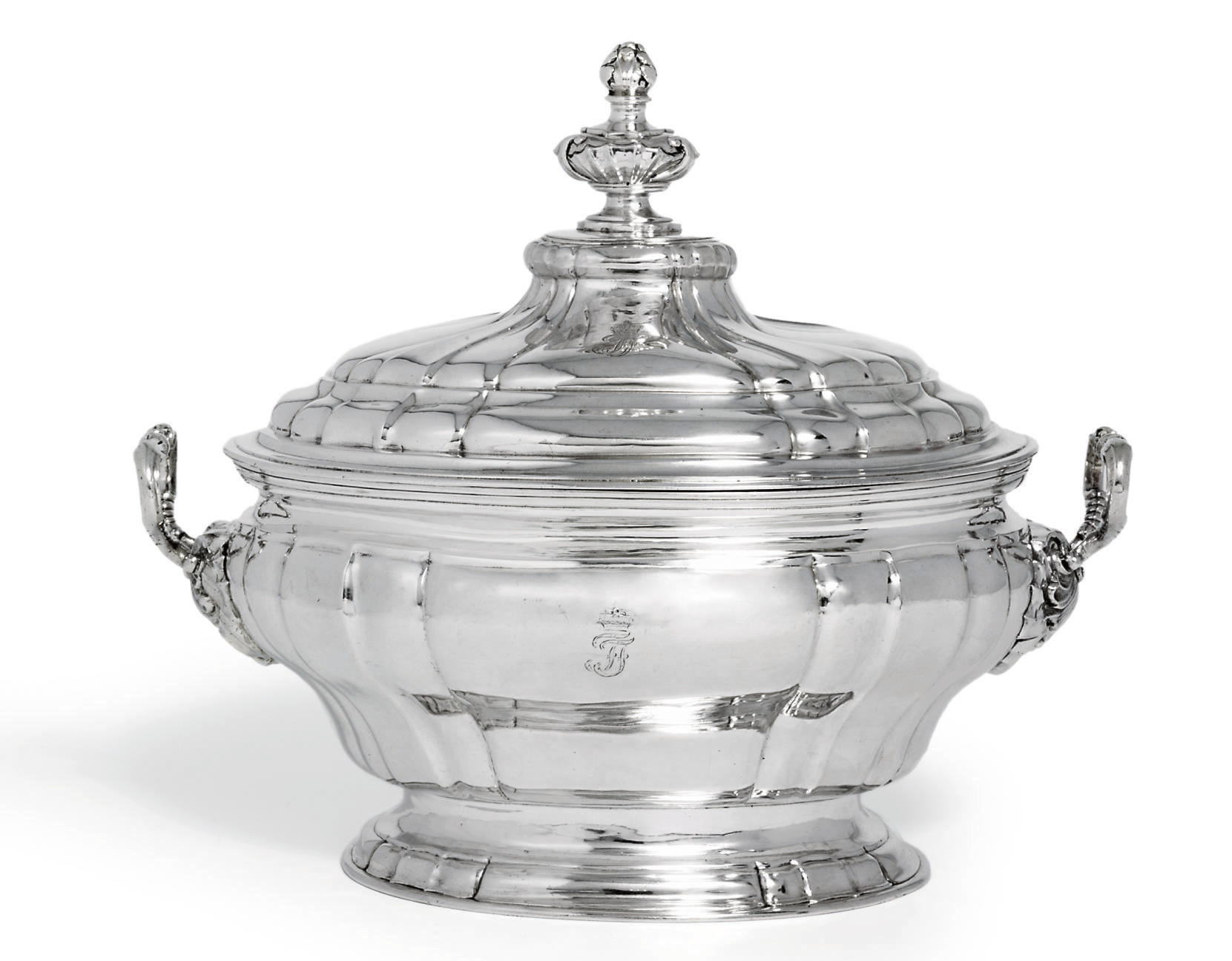 A GERMAN SILVER SOUP-TUREEN AN