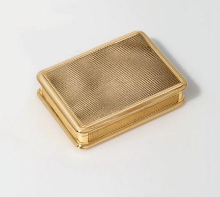 AN AUSTRIAN GOLD SNUFF-BOX