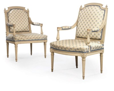 A PAIR OF LOUIS XVI GRIS TRIAN