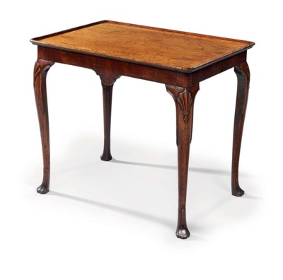 AN IRISH GEORGE III MAHOGANY C