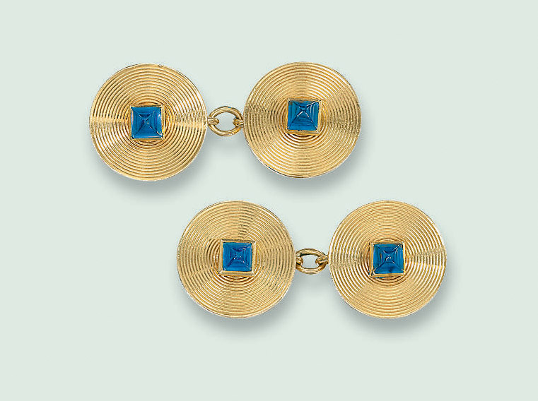 A PAIR OF GOLD AND SAPPHIRE CU