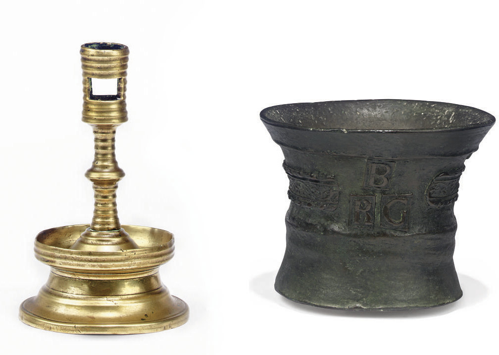 A FLEMISH RIBBED BRASS CAPSTAN