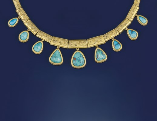 A turquoise set necklace