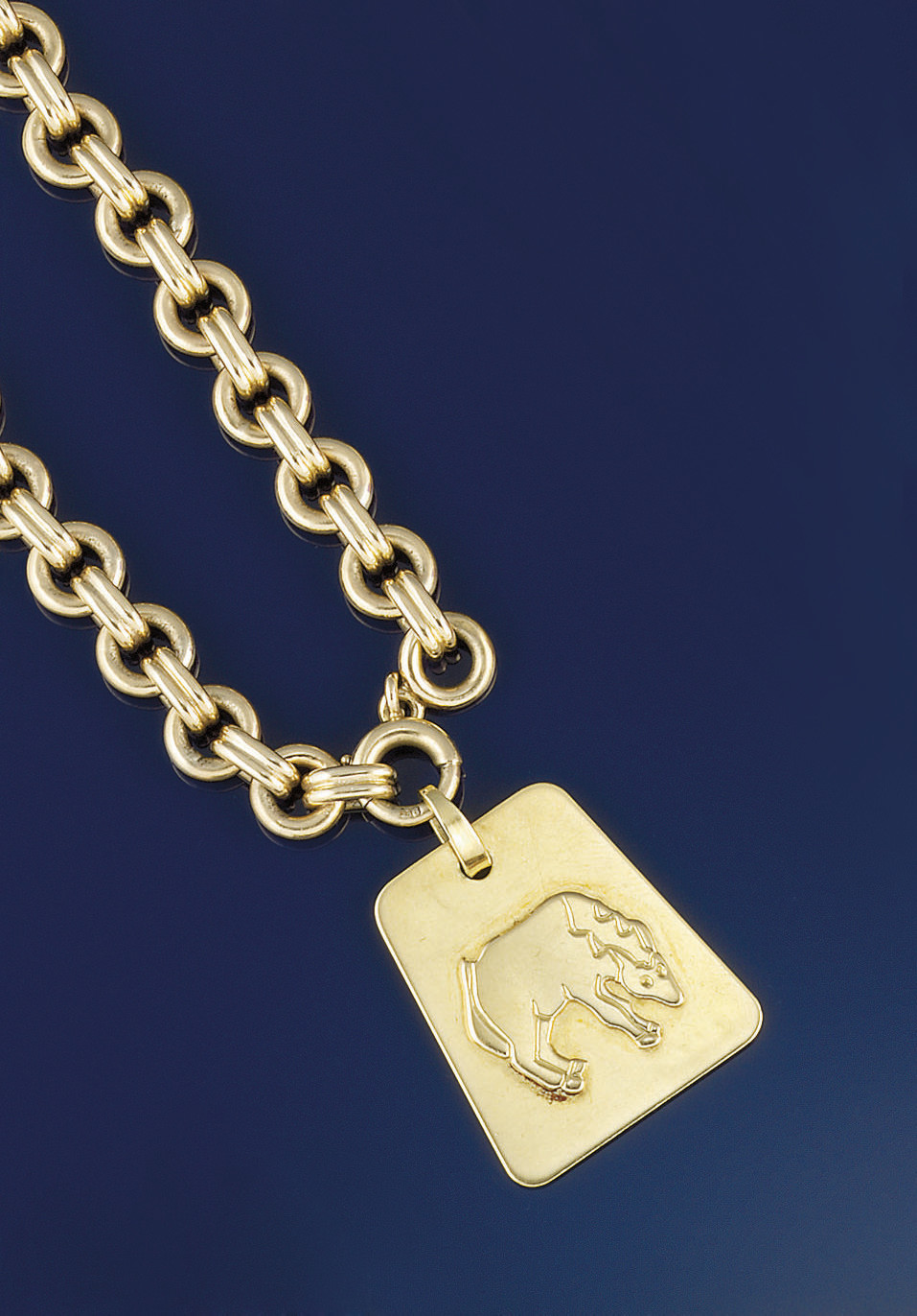 An 18ct. gold pendant, by Bouc
