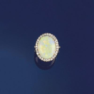 An opal and diamond cluster ri