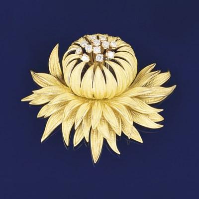 A flower brooch, by Cartier