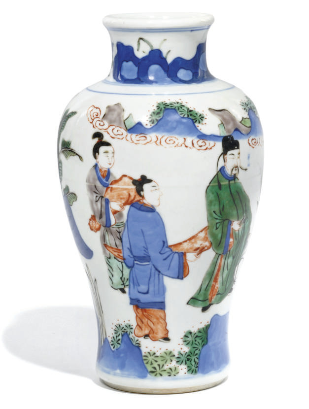 A CHINESE WUCAI VASE