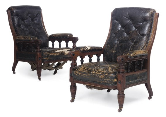 A PAIR OF MID VICTORIAN OAK EB