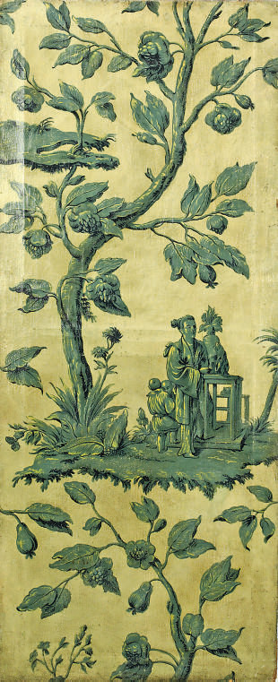 A FRENCH CHINOISERIE PAINTED P
