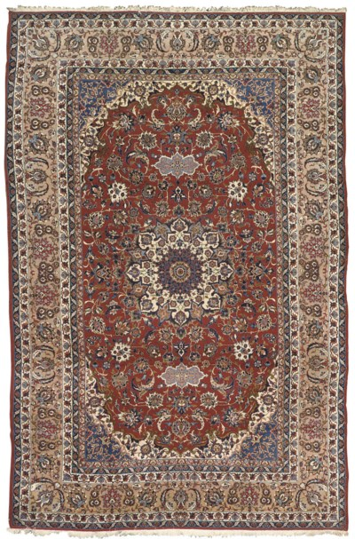 A FINE ISFAHAN CARPET, CENTRAL