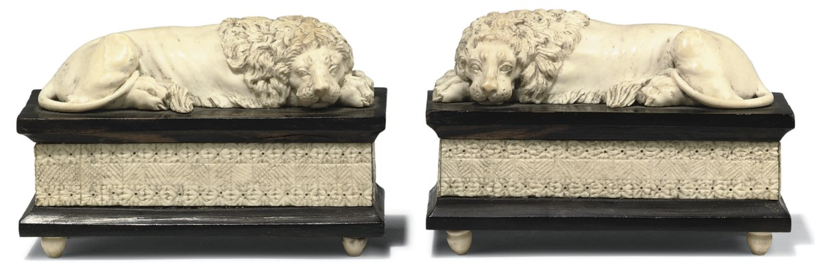 A PAIR OF ANGLO-INDIAN IVORY M