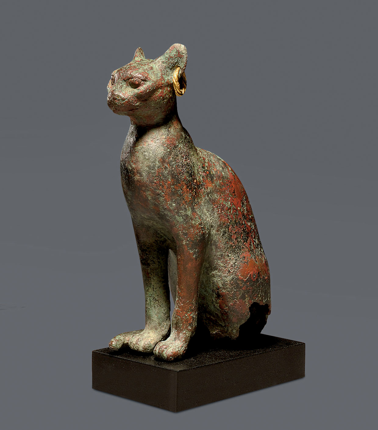 AN EGYPTIAN BRONZE CAT