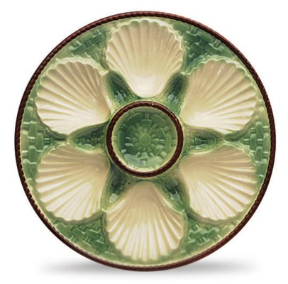 A SET OF SIX MAJOLICA-STYLE OY