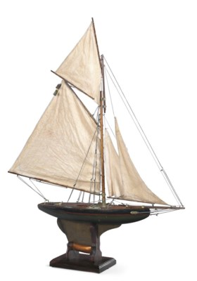 A small cutter rigged gaff pon