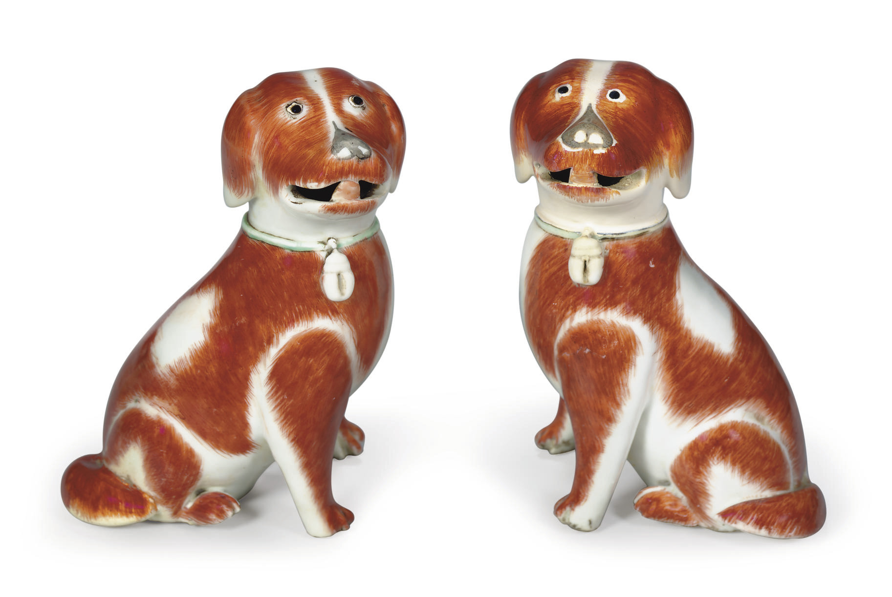 A PAIR OF HOUND PUPPIES