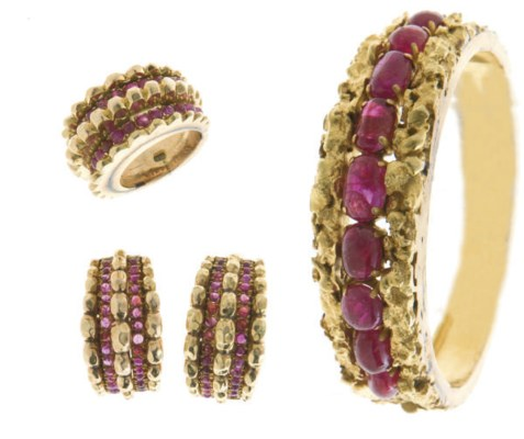 A SET OF RUBY AND 14K GOLD JEW
