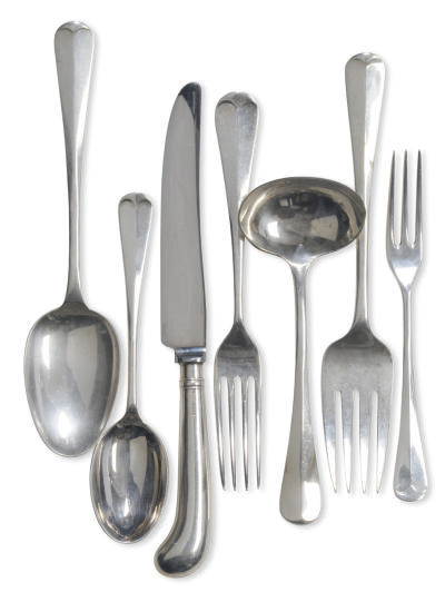 AN ASSEMBLED ELIZABETH II SILVER FLATWARE SERVICE FOR FOUR,