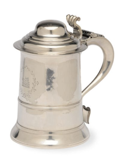 A GEORGE I SILVER TANKARD WITH