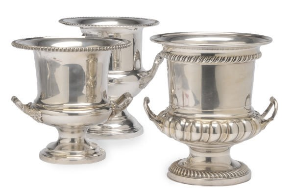 A GROUP OF THREE SIMILAR SILVE