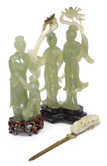 A GROUP OF CHINESE HARDSTONE T