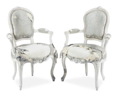 A PAIR OF LOUIS XV CREAM-PAINT